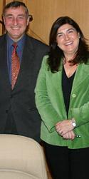 Enrique Loras (SGAE) y Favia Buenaventura (FAPAE)