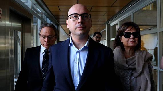 Nicolás López, camino del Tribunal
