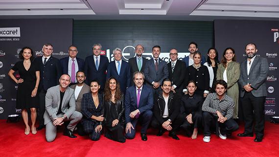 Organizadores e invitados a la lectura de Ciudad de México (EGEDA)