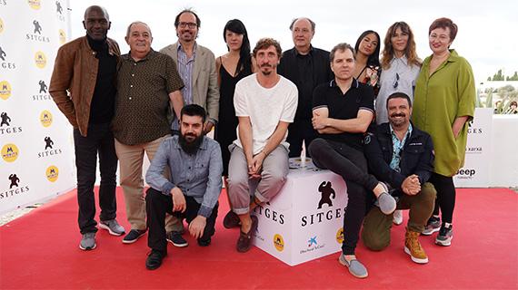 """El equipo de """"El hoyo"""" en Sitges"""