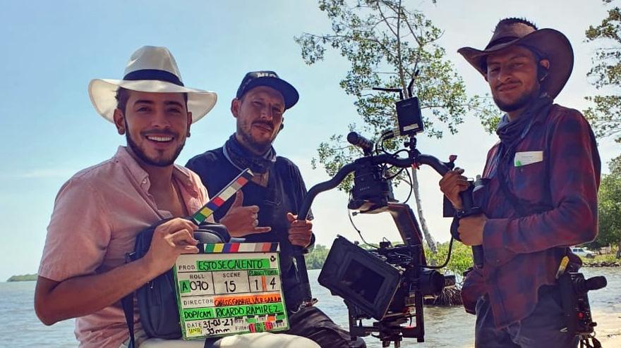 """Orlando Liñán filma """"Esto se calentó"""""""