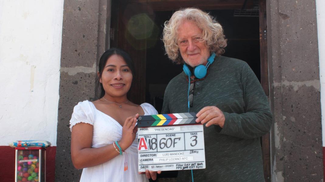 Yalitza Aparicio con Mandoki