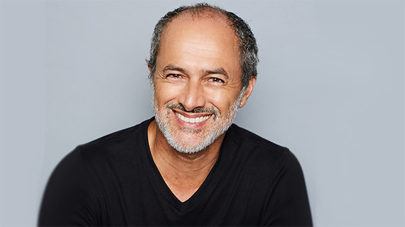 Carlos Alcántara salta al cine español de la mano de Paz Vega
