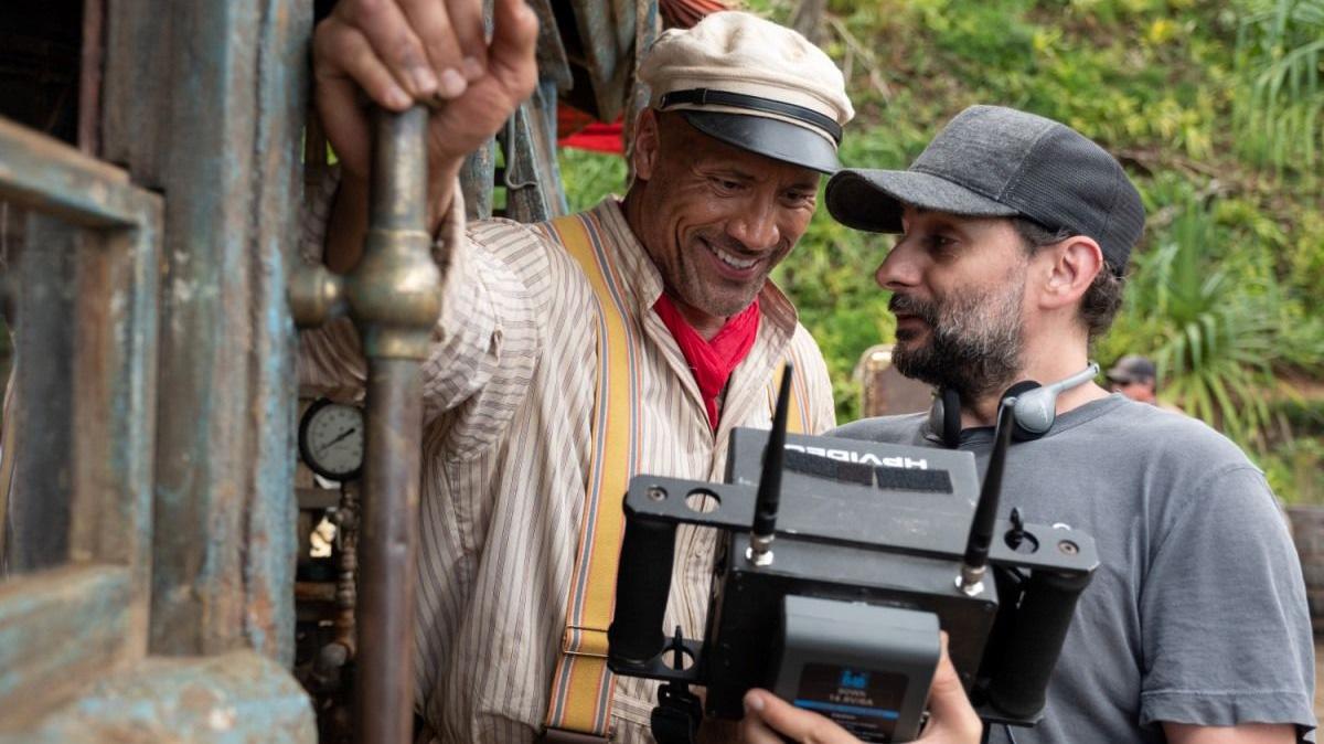 """Jaume Collet-Serra, con Dwayne Johnson, en el rodaje de """"Jungle Cruise"""""""