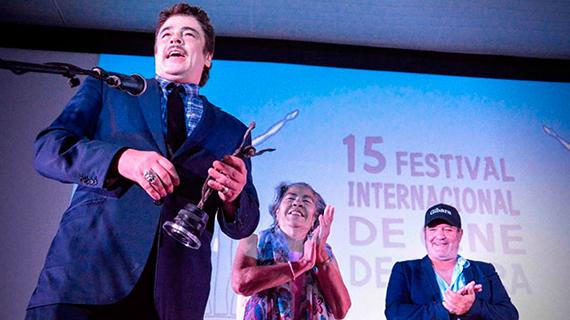 Benicio del Toro recibió Premio de Honor