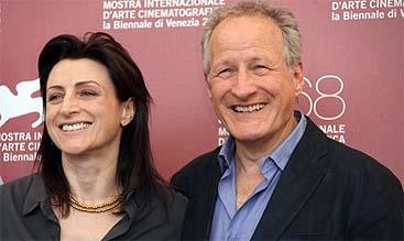 Ami Canaan Mann y su padre y productor, Michael Mann (AP)
