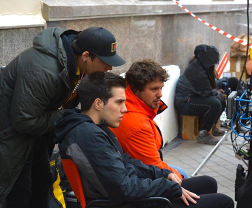 Jorge S. Pallás (de naranja), en el rodaje (NP)