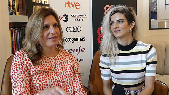 Mariana Barassi y Clara Lago (T.Ayerdi)