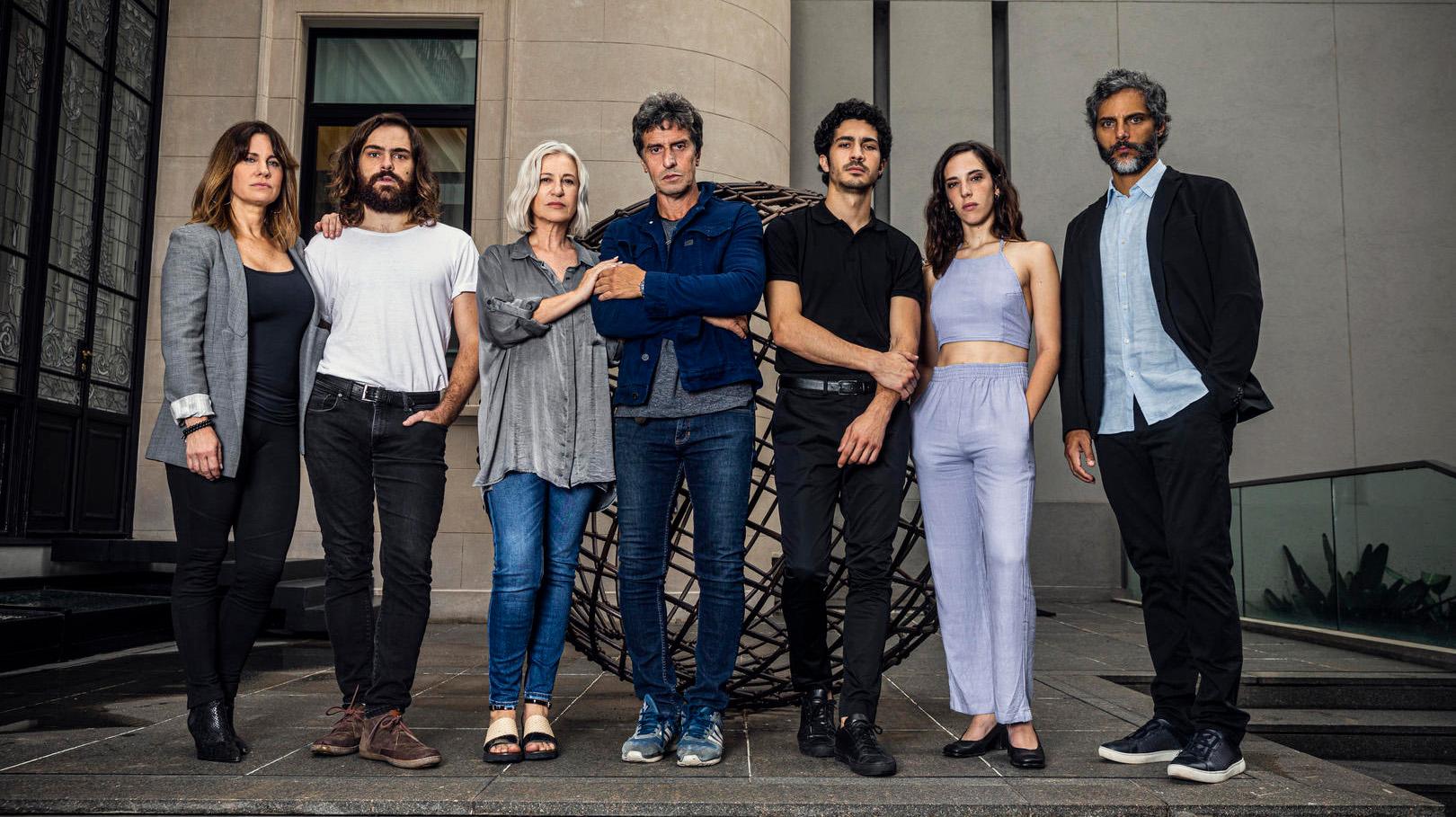 """El espectacular elenco de """"El reino"""""""