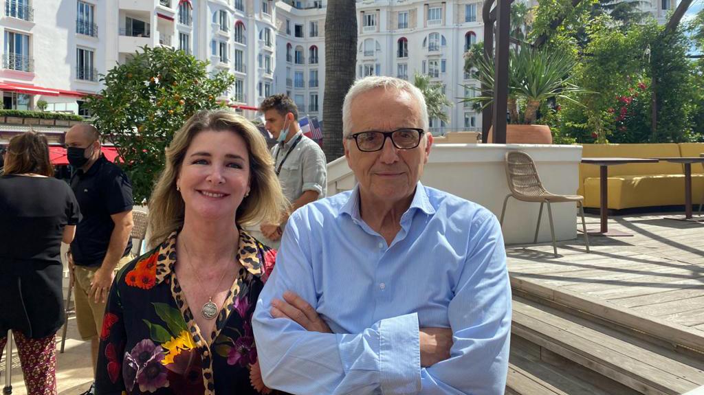 Marco Bellocchio, junto a Daniela Creamer