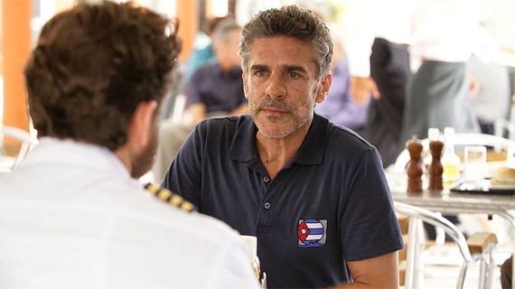 Leo Sbaraglia fue Basulto en la película de Assayas